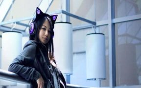 cute-cat-ear-headphones