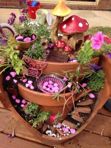 25 Broken Pot Fairy Garden Ideas You Will Absolutely Love To Recreate